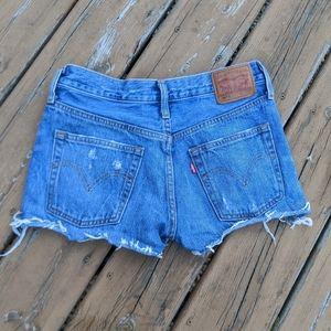 LEVI'S cutoff denim shorts sz 25